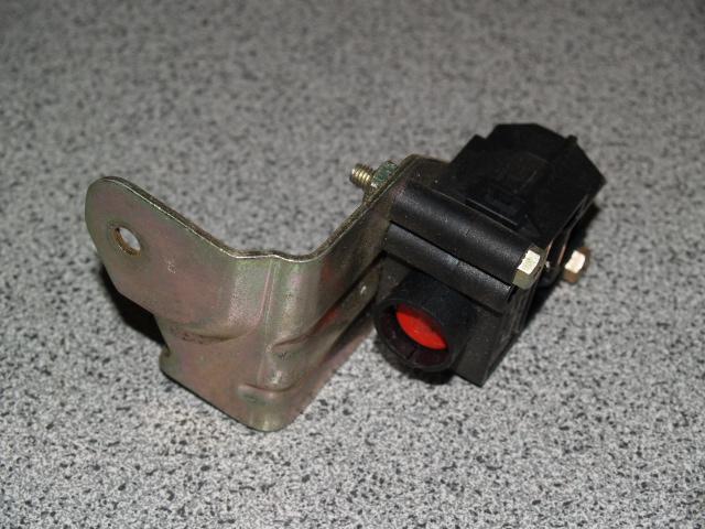schalter kraftstoffpumpe p2 v6 ford probe shop. Black Bedroom Furniture Sets. Home Design Ideas